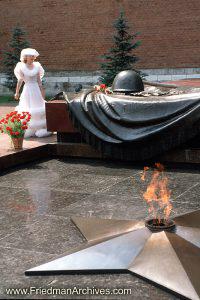 Bride at War Memorial