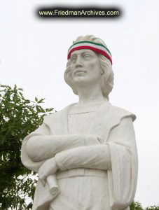 Columbus-Statue-with-Italian-Headban