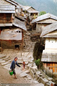 Nepal Images Fetch the Water
