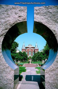 Smithsonian thru Rocks